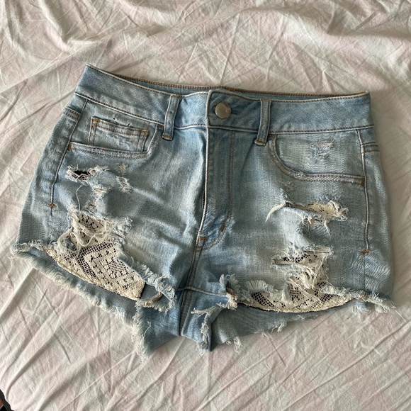 American Eagle Outfitters Pants - AEO Lace Pocket Hi-Rise Shorties | 8